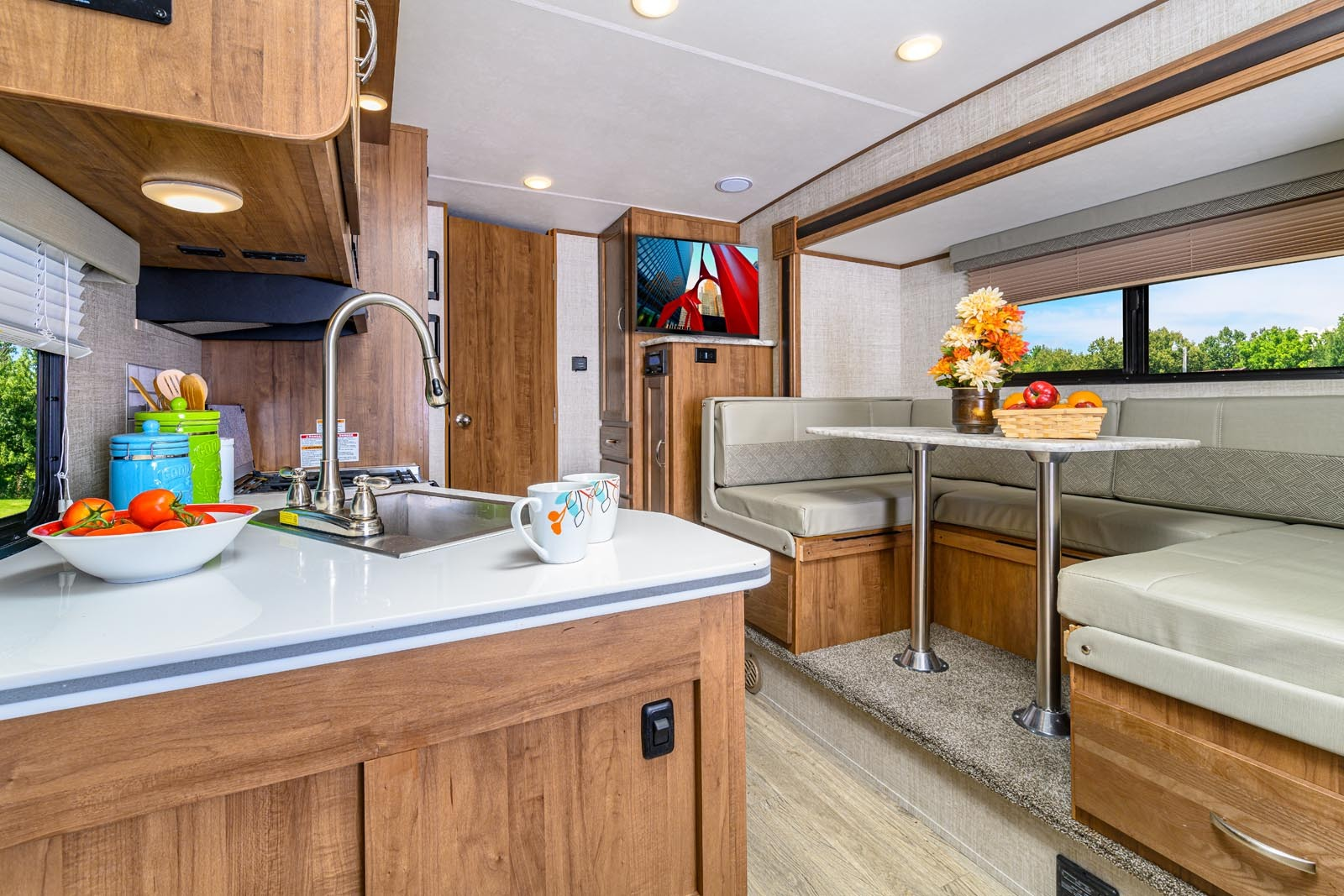 Gulf Stream Vista Cruiser 23FBS Image